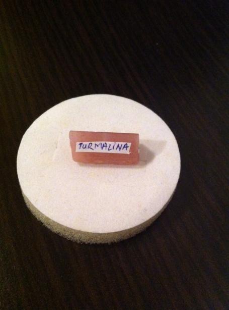 TURMALINA ROZ - expo mineralia bacau 2014