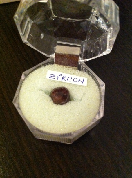 ZIRCON - expo mineralia bacau 2014